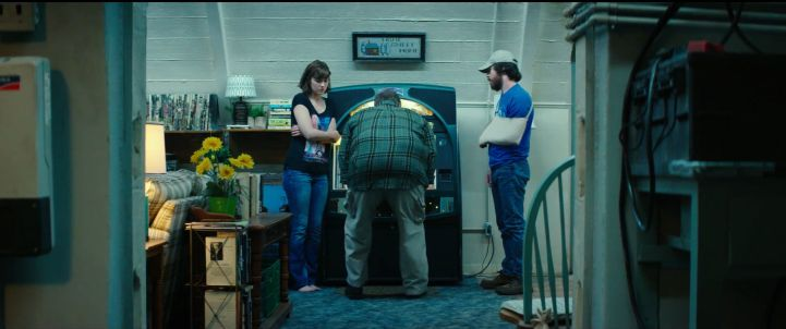 10 Cloverfield Lane John Goodman at the Jukebox